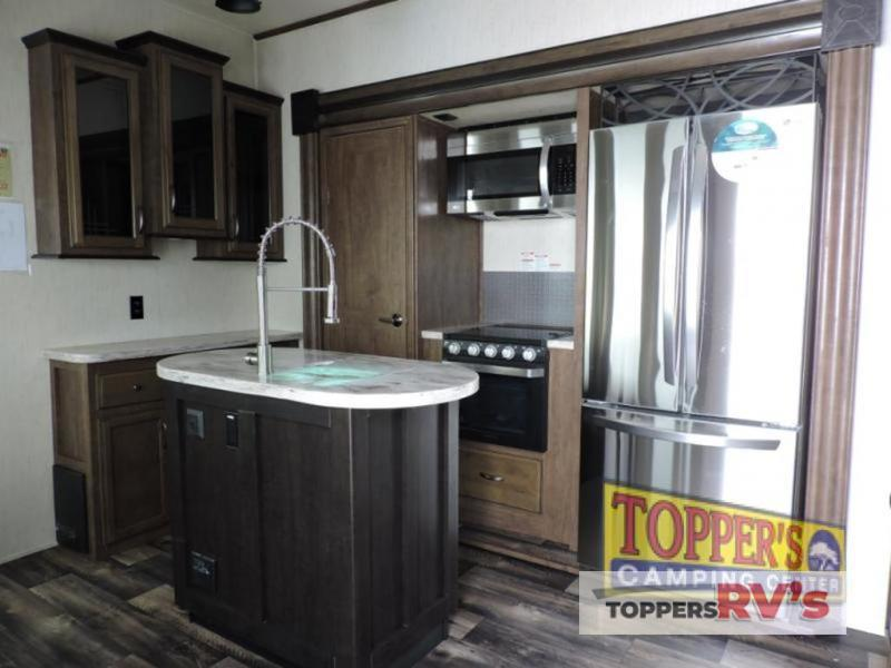 kitchen Sandpiper 377FLIK Fifth Wheel