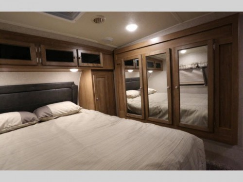 Rockwood Ultra Lite Master Bedroom