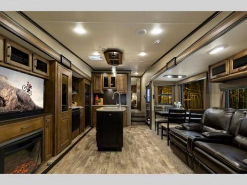 Grand Design Reflection Fifth Wheel Interior