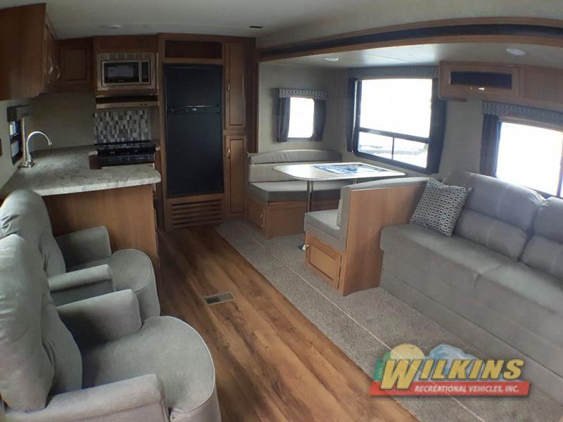 Coachmen Catalina Legacy Edition Travel Trailer Interior