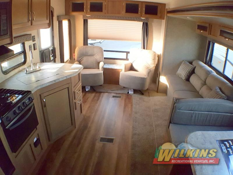 Coachmen Catalina SBX Travel Trailer Interior