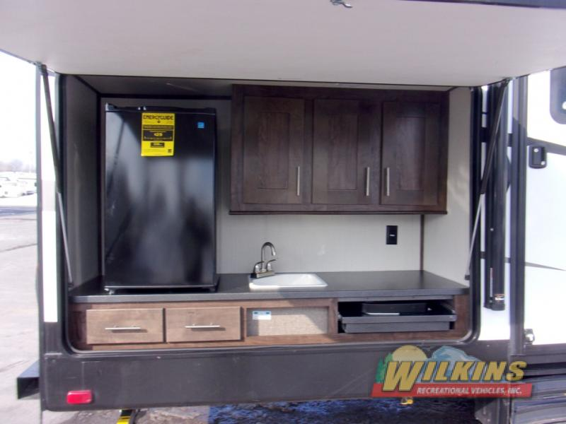 Cruiser Embrace Travel Trailer Outdoor Kitchen