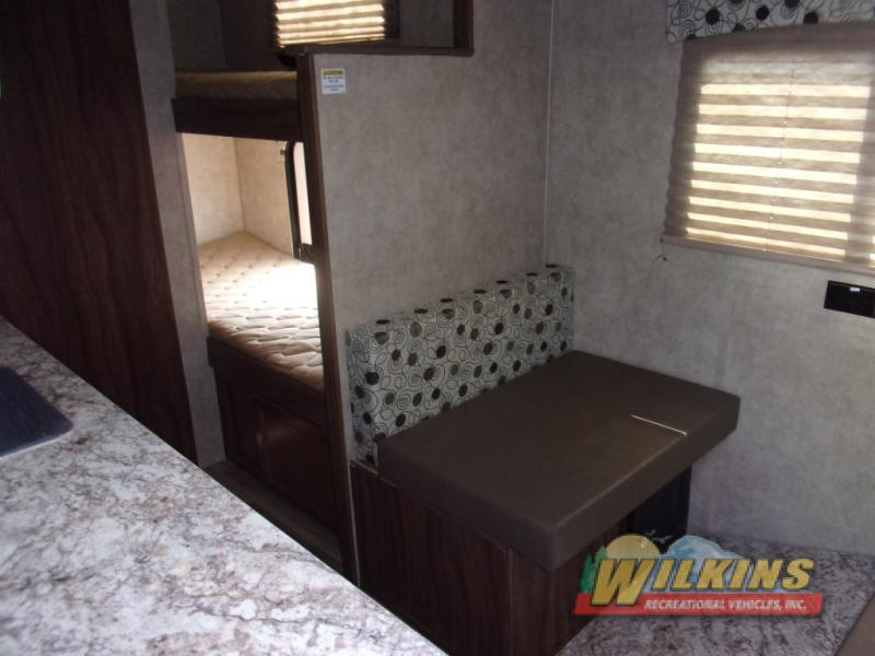 Coachmen Clipper Ultra-Lite Travel Trailers Bunkbeds