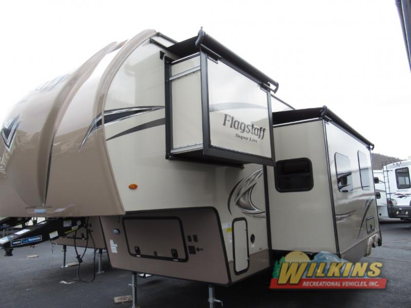 Forest River Flagstaff Super Lite Fifth Wheel