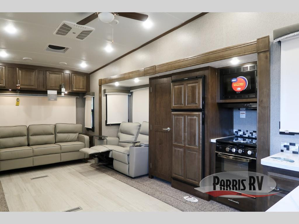 Rockwood Ultra Lite Fifth Wheel Interior