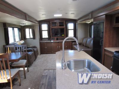 Keystone Passport Ultra-Lite Elite Travel Trailer Interior