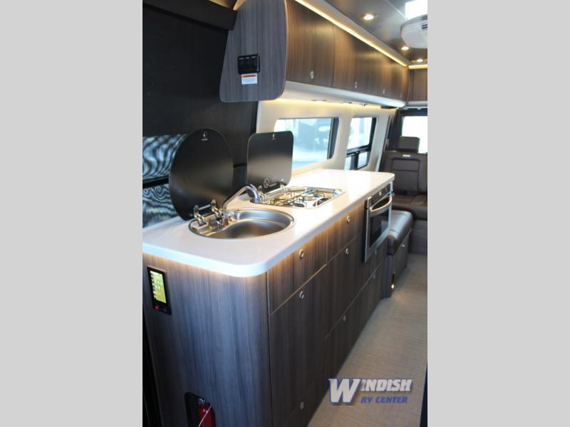 Grand Tour Kitchen